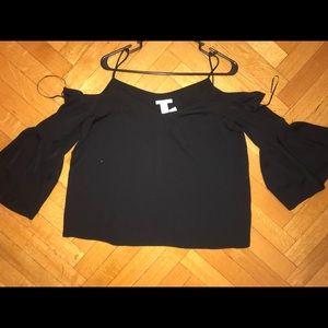 H&M - never worn - off the shoulder long sleeve